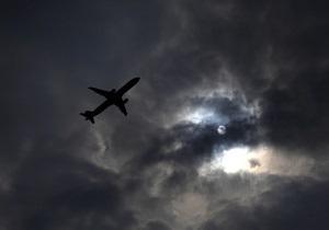 Возле Кабула упал пассажирский самолет