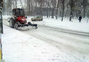 С начала зимы с улиц Киева вывезли почти 200 тысяч тонн снега
