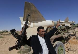 Украинцы в Ливии: Город заблокирован, морг забит