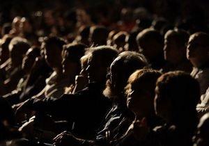Данные Госстата не подтверждают заявление Азарова о массовых походах украинцев в театры