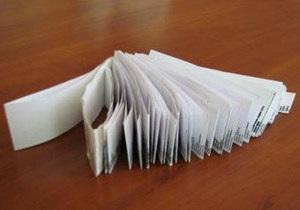 В Казахстане школьник подготовил к экзамену 11-метровую шпаргалку