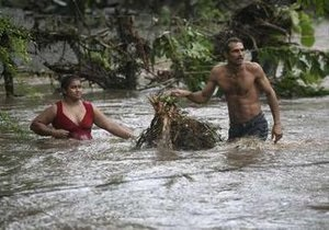 Наводнение в Центральной Америке: в Никарагуа и Сальвадоре эвакуировано более 2 тыс. человек