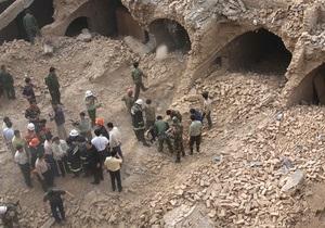 В Китае обрушился автомобильный тоннель. Под завалами оказались 16 человек