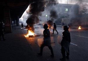 Число жертв беспорядков в Египте достигло восьми, количество раненных превысило 870 человек