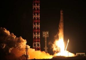 Роскосмосу не удалось установить связь с межпланетной станцией Фобос-Грунт