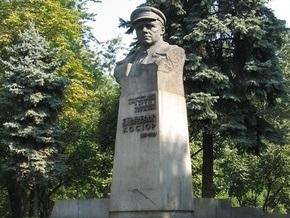 Черновецкий велел демонтировать памятник Косиору на Лукьяновке