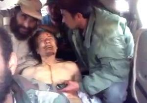 В интернете появилось новое видео убитого Каддафи