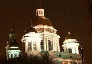 В Москве за попытку раздеться в храме задержан сотрудник таможни