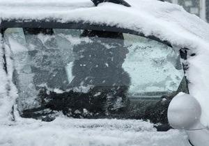 Непогода в Украине - снег в Киеве: В воскресенье на территории Украины продолжит бушевать циклон