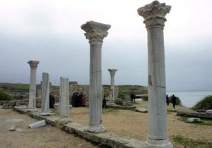 В Херсонесе нашли захоронение Х века