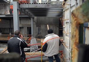 Скандальная стройка возле метро Театральная: Власти Киева заявили, что заказчик потратил на разрешения $63 млн