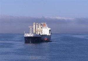 В Охотском море пятый день продолжаются поиски пропавшего сухогруза с золотом