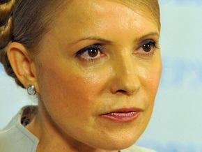 Тимошенко поручила Минздраву оплатить медикам карантинных областей сверхурочные