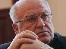 Российский посол обеспокоен рейдерством и украинскими политиками