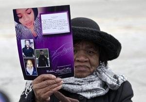 В США хоронят убитую 15-летнюю певицу
