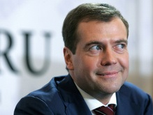 Именем Медведева могут назвать сквер в Санкт-Петербурге