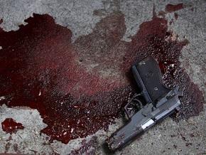 Американец зарезал жену и детей и застрелился