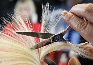 Американка пожаловалась на судью, обязавшего ее остричь волосы дочери
