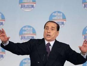 Итальянские СМИ опубликовали расшифровку разговора Берлускони с проституткой