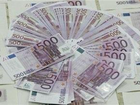 Торги на межбанке: евро уверенно растет