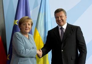 Янукович поблагодарил Меркель за возвращение картины Караваджо