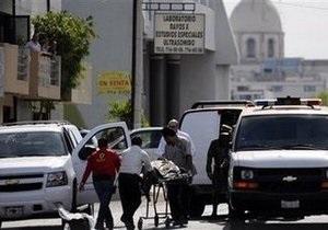 Неизвестные расстреляли  министра туризма одного из мексиканских штатов