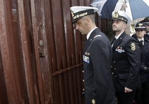 В обмен на двух моряков Индия будет добиваться перевода 109 заключенных в Италии индийцев