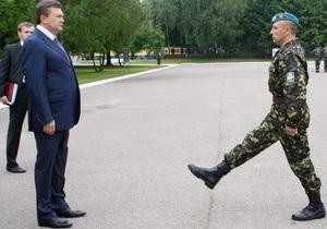 Янукович не исключил перевода части Академии сухопутных войск из Львова на юг Украины