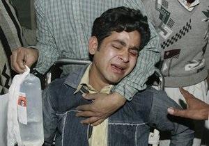 В Пакистане смертник взорвал себя на похоронной процессии: 25 погибших