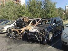 В центре Киева сожгли джип сына Симоненко