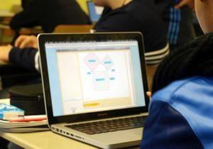 В школах Германии ноутбуки заменяют тетради