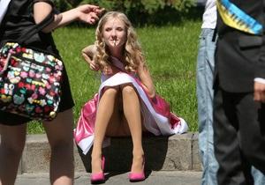 Фотогалерея: От звонка до звонка. Киевские выпускники отпраздновали окончание школы на Майдане Незалежности