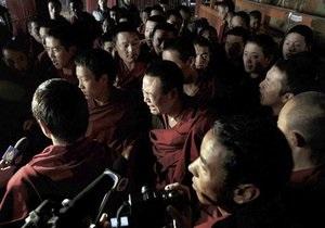 Двое тибетцев совершили  первое самосожжение в Лхасе