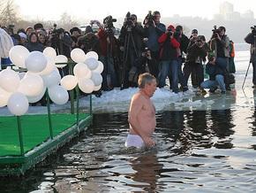 Черновецкий все-же нырнул в полынью