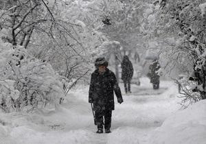 В 11 областях Украины частично нет света, из-за погоды усложнено движение транспорта