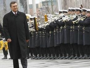 СБУ просит Януковича утихомирить Коновалюка