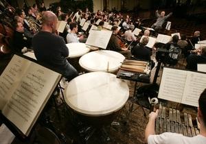 Оркестры Европы раздумывают об отказе от бумажных нот