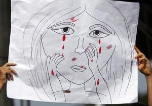 Групповое изнасилование журналистки в Индии: Активисты получили отчет о деятельности полиции