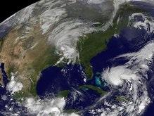 Климатологи: Мощь ураганов усиливается из-за глобального потепления