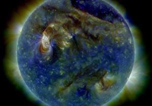 Выброс солнечной плазмы добрался до Земли, спровоцировав магнитную бурю