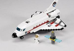 В космос отправят шаттл, собранный из конструктора Лего