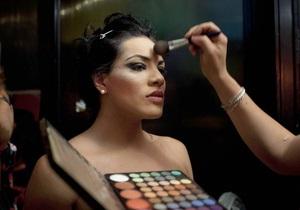 Транссексуалы - Таиланд - IKEA - Реклама мебельного гиганта возмутила трансгендерную группу