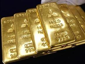 Пассажиру в аэропорту Дубаи вернули забытые 10 кг золота
