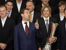 Медведев поздравил сборную России с победой