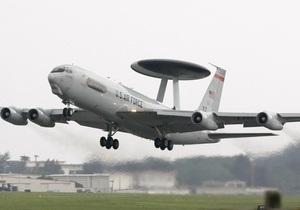 В НАТО решили круглосуточно следить за Ливией с помощью самолетов AWACS