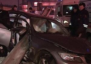 В Москве столкнулись 12 автомобилей