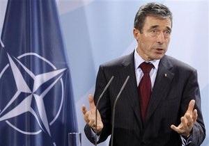 НАТО не намерена вмешиваться в ситуацию в Ливии