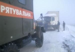 МЧС опровергает информацию о стокилометровой пробке на Одесской трассе