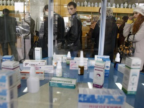 Корреспондент: Сколько фармацевты заработали на панике вокруг эпидемии в Украине