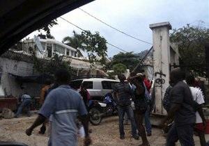 Землетрясение на Гаити: угроза цунами отменена